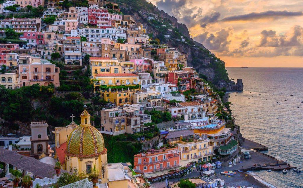 Positano | I 10 borghi italiani che devi assolutamente visitare | Her Beauty
