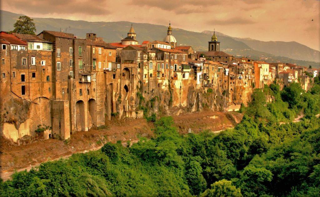 Sant'Agata dei Got | I 10 borghi italiani che devi assolutamente visitare | Her Beauty