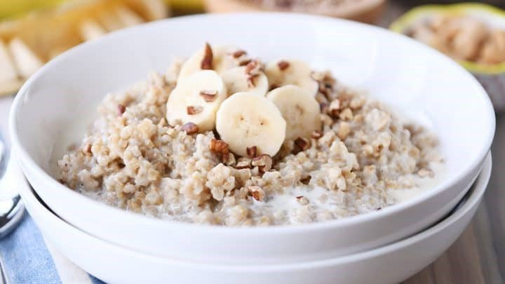 Steel-Cut Oats | 8 Warm Breakfast Ideas for Winter | Her Beauty