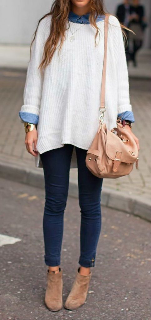 Oversized white sweater | 9 Chic and Simple Thanksgiving Outfits Ideas | Her Beauty