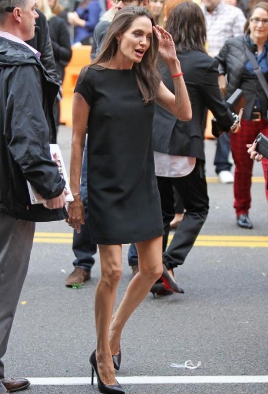 Похудевшая Анджелина Джоли | 10 знаменитостей, которым похудение прибавило | Her Beauty