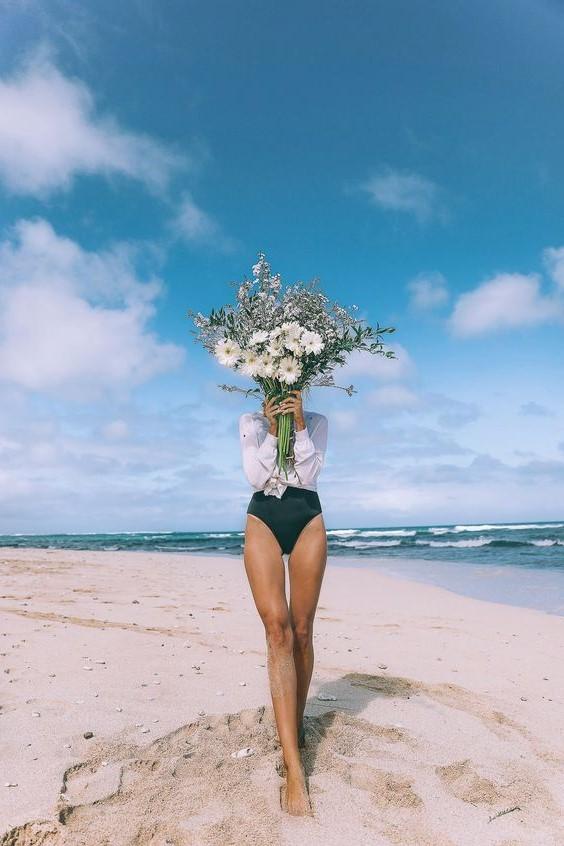#12 | Сама женственность: девушки с цветами вместо лица в серии фотографий Карлы Коулсон | Her Beauty