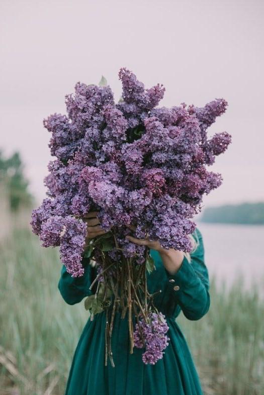 #5 | Сама женственность: девушки с цветами вместо лица в серии фотографий Карлы Коулсон | Her Beauty