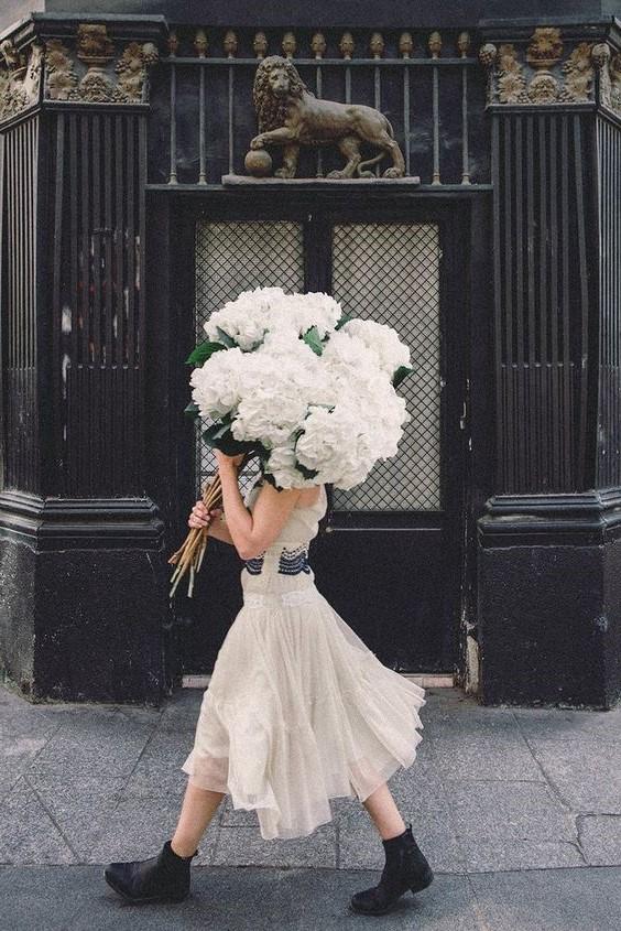 #7 | Сама женственность: девушки с цветами вместо лица в серии фотографий Карлы Коулсон | Her Beauty