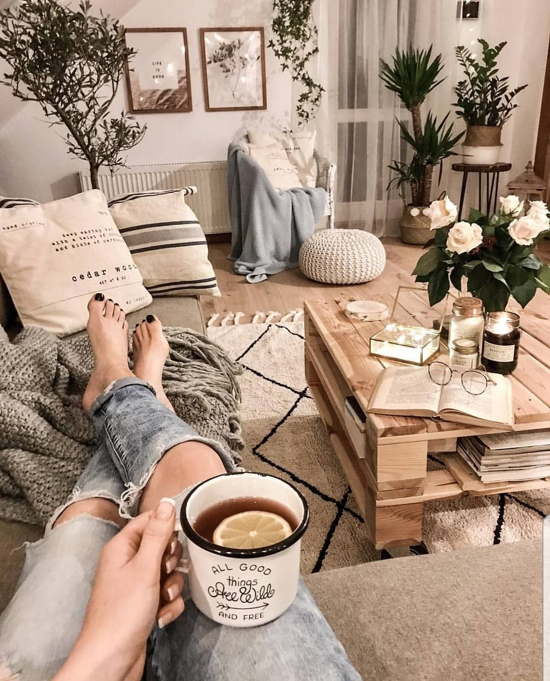 Don't rush | 8 Hygge Tips For The Coziest Winter Ever | Her Beauty