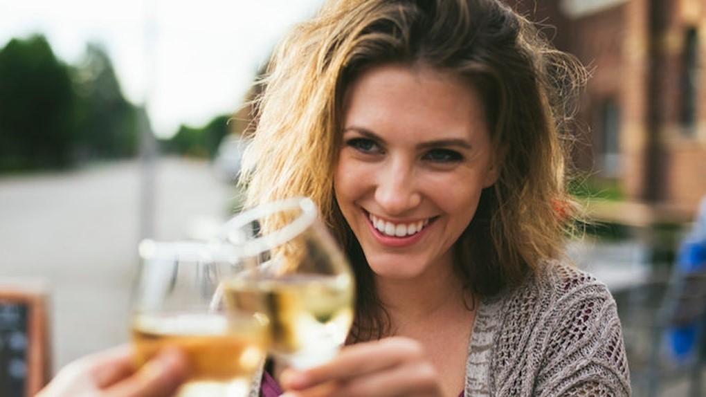 Откажитесь от алкоголя | Как быстро похудеть к Новому году: 6 советов, которым нужно начать следовать уже сейчас| Her Beauty