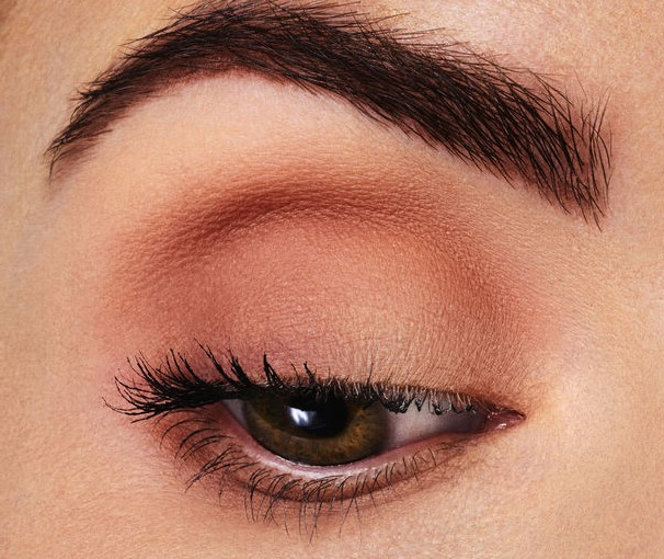Matte shades | 9 Makeup Tips A Person With Hooded Eyes Needs To Know | Her Beauty