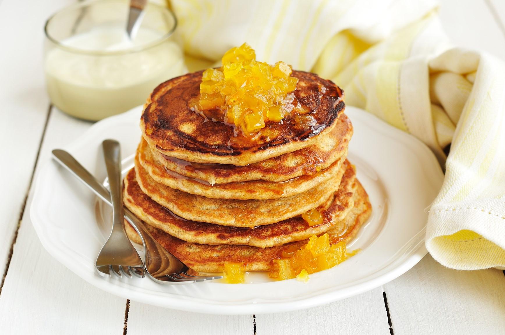 Морковно-яблочные оладьи | Оладушки и панкейки: 10 вкусных идей для осеннего завтрака | Her Beauty