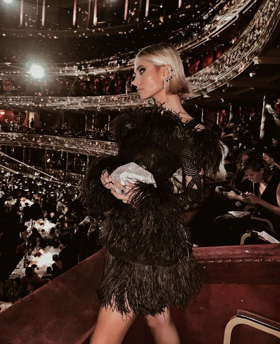 The Opera | 8 Fancy Dates Where You Can Wear a Gown | Her Beauty