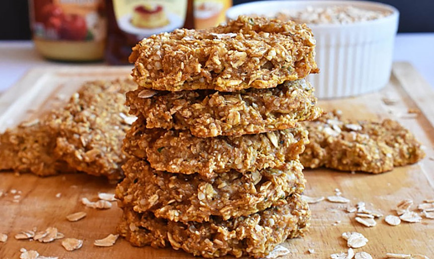 Pumpkin Pie Quinoa Breakfast Cookies| 8 Warm Breakfast Ideas for Winter | Her Beauty