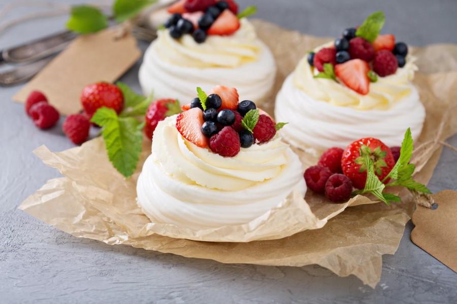Торт Павлова | 10 самых вкусных десертов со всего мира | Her Beauty
