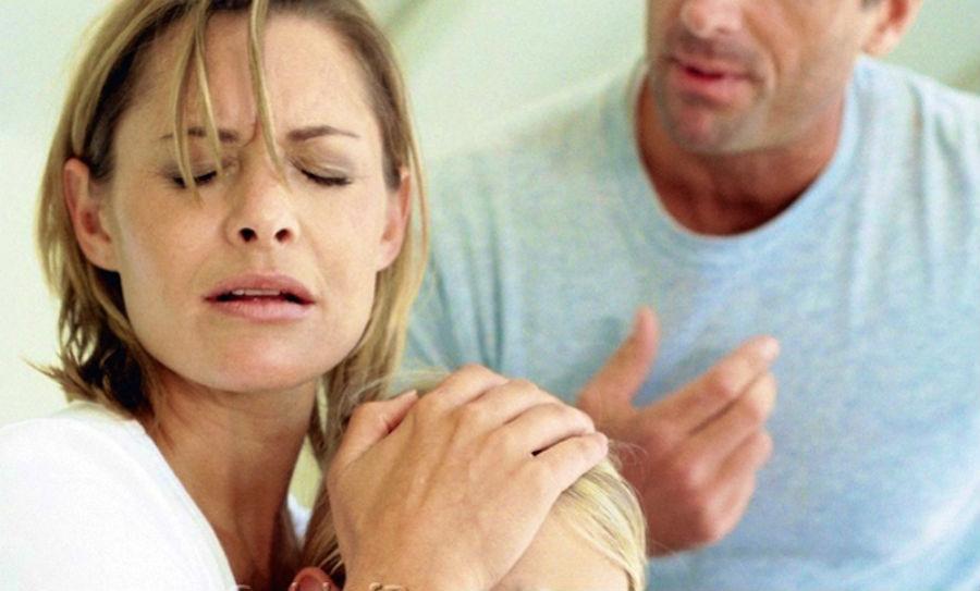 Критика | 10 признаков того, что отношения пора заканчивать | Herbeauty