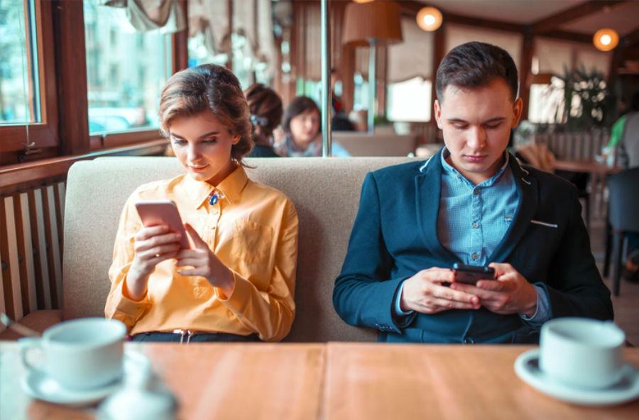 Потеря интереса друг к другу | 10 признаков того, что отношения пора заканчивать | Herbeauty