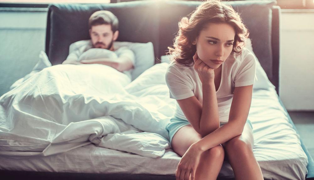 Безразличие | 10 признаков того, что отношения пора заканчивать | Herbeauty