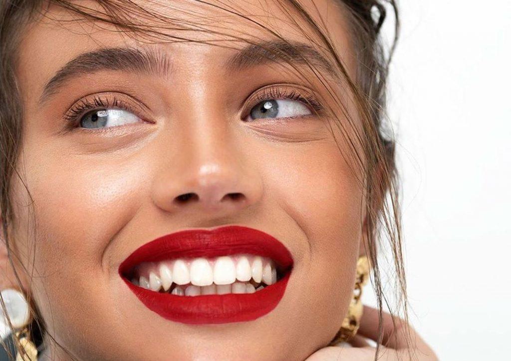 Она удаляет волосы на лице | 8 главных женских тайн | Her Beauty