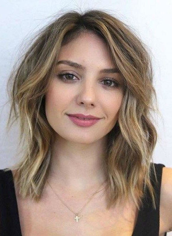 Short haircuts for heart-shaped faces | Flattering Short Haircuts for Your Face Shape | Her Beauty