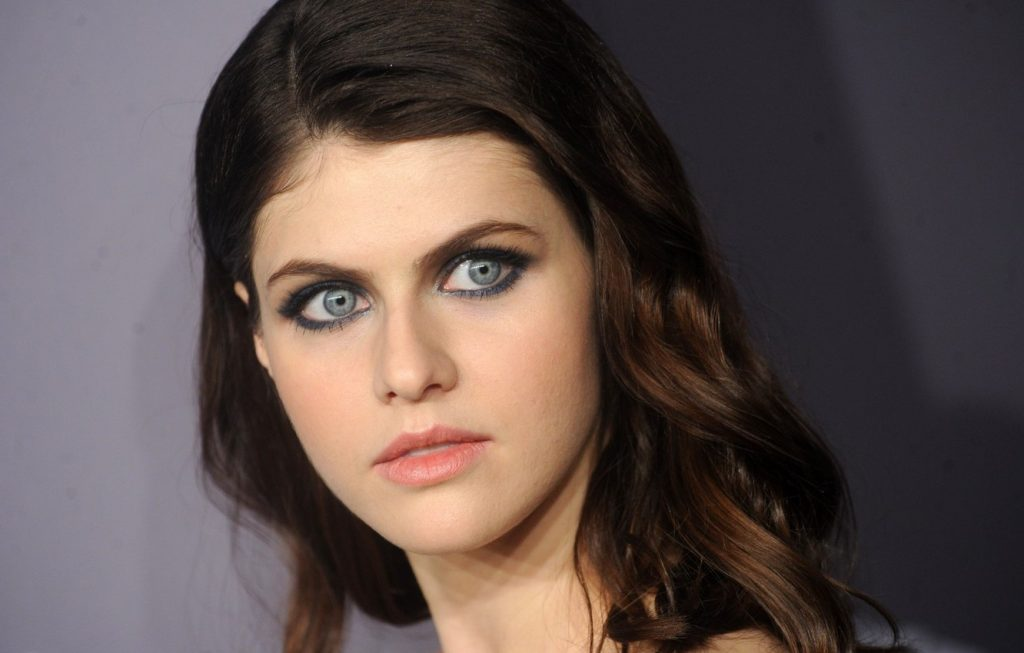 Alexandra Daddario | 10 Actresses with the Most Beautiful Eyes | Her Beauty
