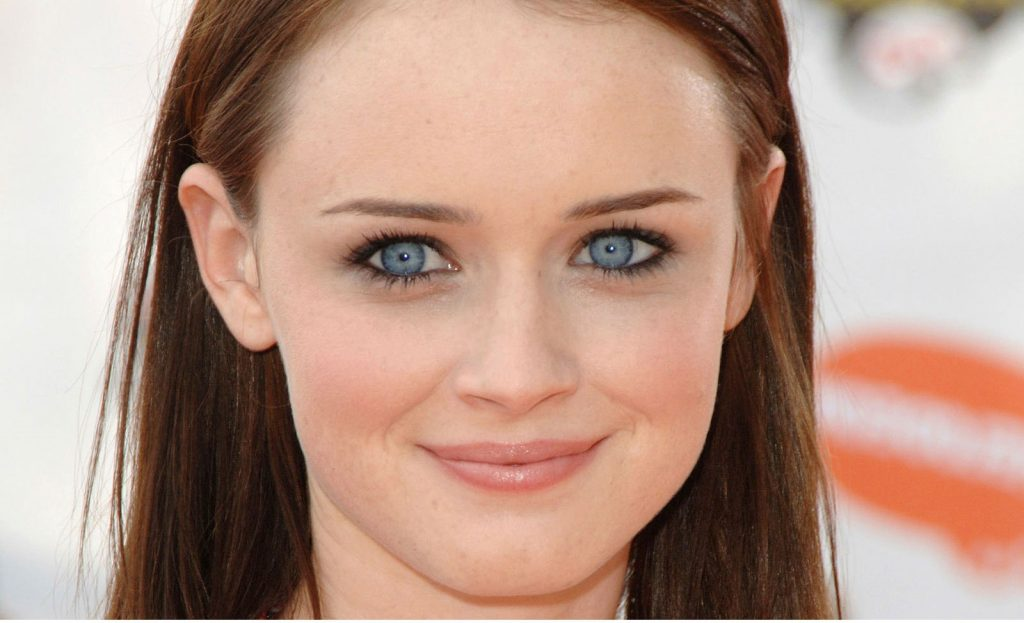 Alexis Bledel | 10 Actresses with the Most Beautiful Eyes | Her Beauty
