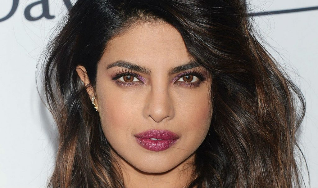 Priyanka Chopra | 10 Actresses with the Most Beautiful Eyes | Her Beauty