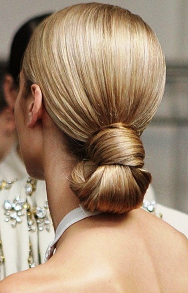 1. Sleek knot chignon | 10 Chignon Hairstyles You'll Freak Over | Her Beauty