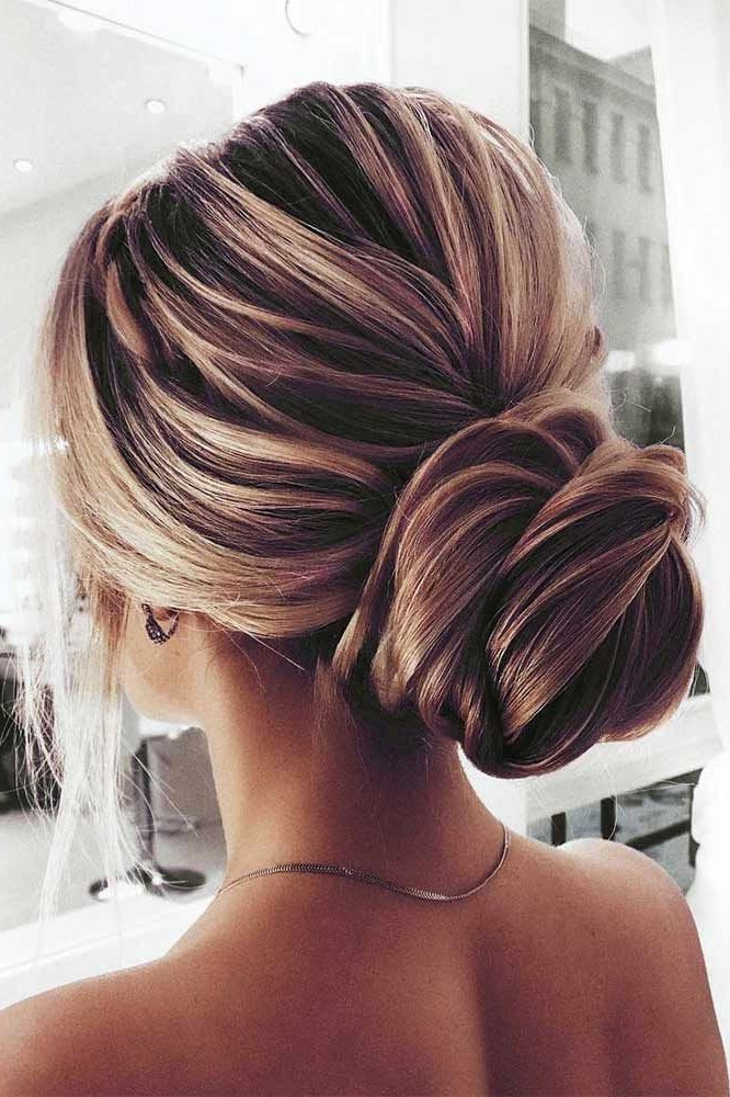 4. Textured chignon | 10 Chignon Hairstyles You'll Freak Over | Her Beauty