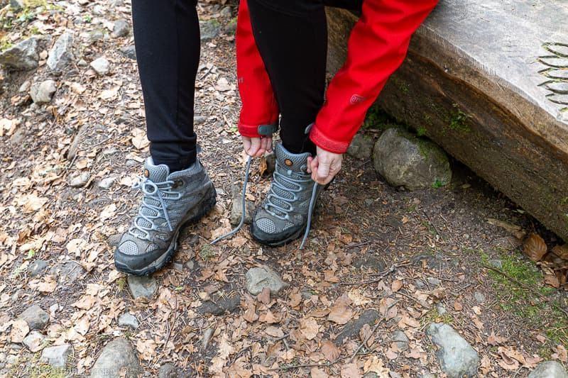 Best walking shoes for travel women | 5 Best Walking Shoes For Women | Her Beauty