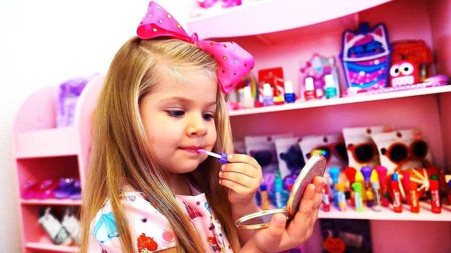8.Makeover Time | 10 Games To Play With Kids While Self-Isolating | Her Beauty