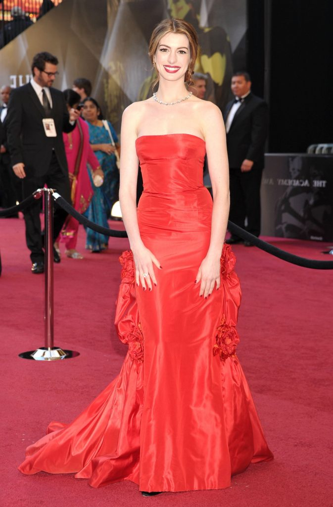 1. Anne Hathaway |  The 10 Most Expensive Oscar Dresses Of All Time |  Her beauty