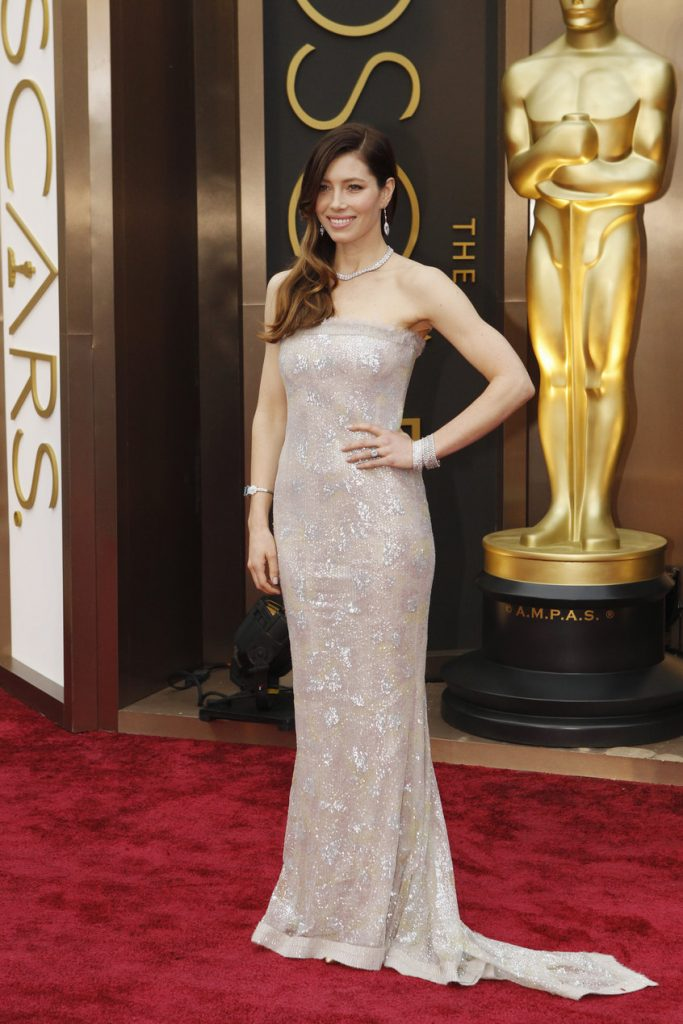 6. Jessica Biel |  The 10 Most Expensive Oscar Dresses Of All Time |  Her beauty