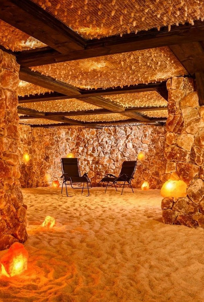 Himalayan salt cave | 7 Benefits Of Pink Himalayan Salt | Her Beauty