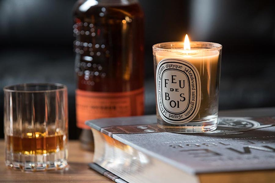 3. Scented Candle   8 Gift Ideas For Your New Boyfriend   Her Beauty