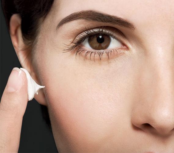 الأشياء التي يجب أن تعرفها عن الخطوط المتجعدة حول العيون و كيفية التخلص منه #5 | Her Beauty