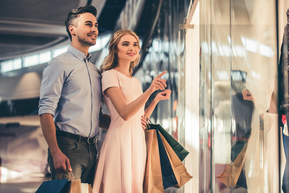 11 Ways to Get Him to Go Shopping with You | Her Beauty