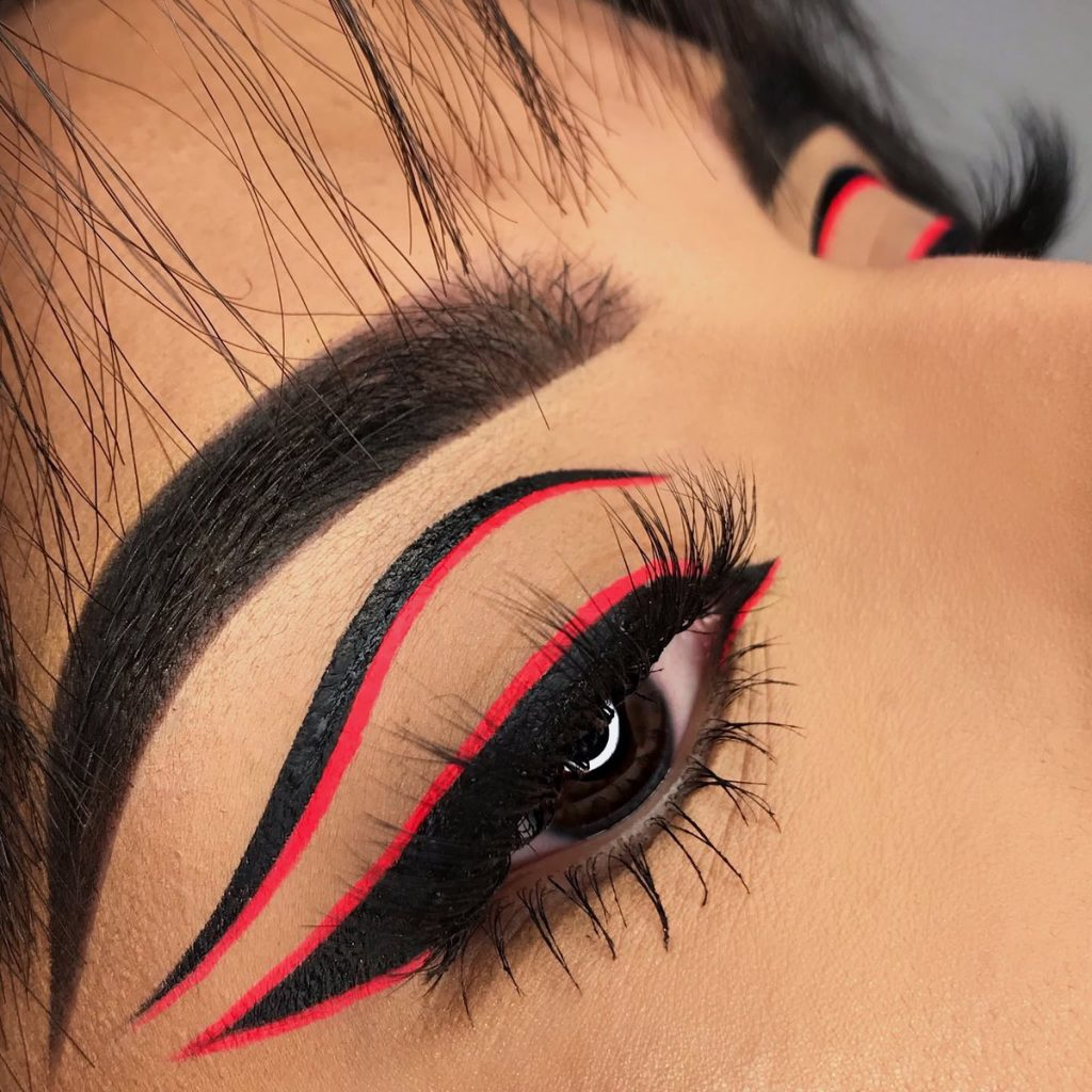 Graphic Eyeliner Makeup Ideas for Summer #6 | Her Beauty