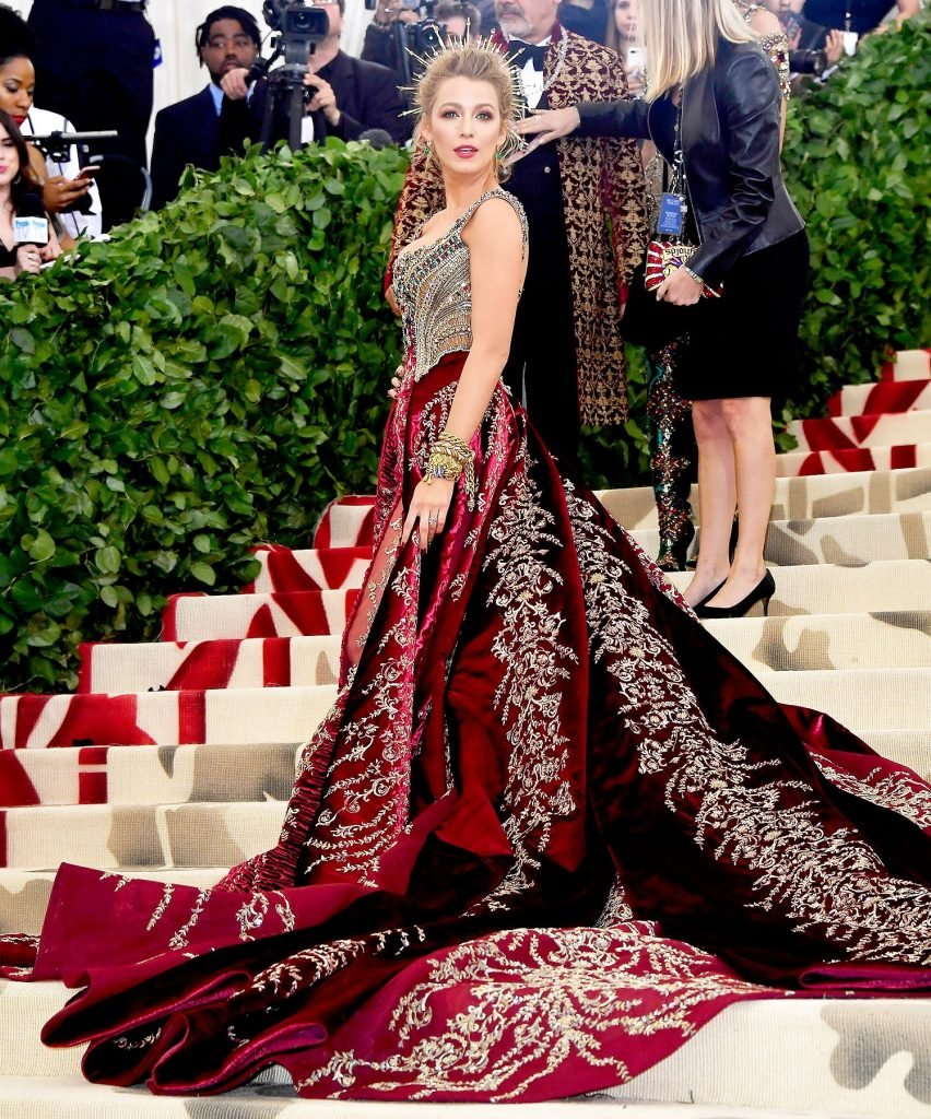 10 Best Red Carpet Looks of Blake Lively #10 | Her Beauty