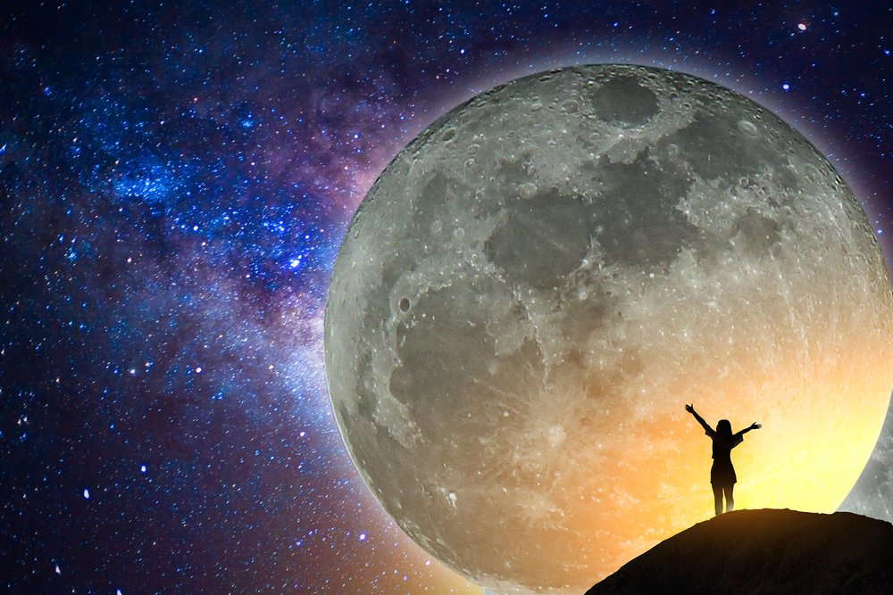 Emotional tides   7 Things the Moon Affects in Your Life   Her Beauty