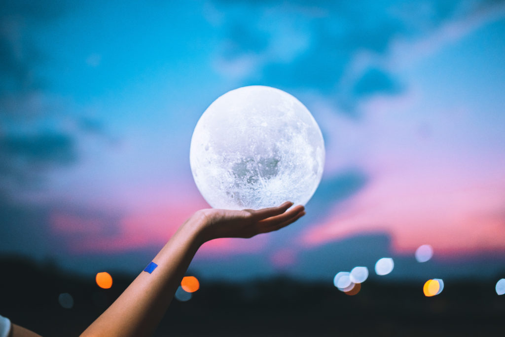 Full moon   7 Things the Moon Affects in Your Life   Her Beauty