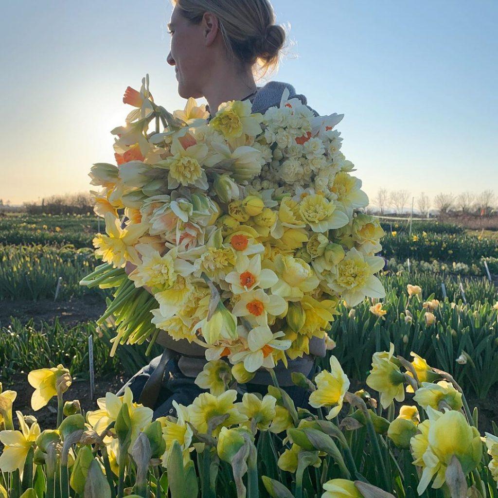 This Unreal Flower Farm Makes The Most Gorgeous Floral Arrangements #15 | Her Beauty