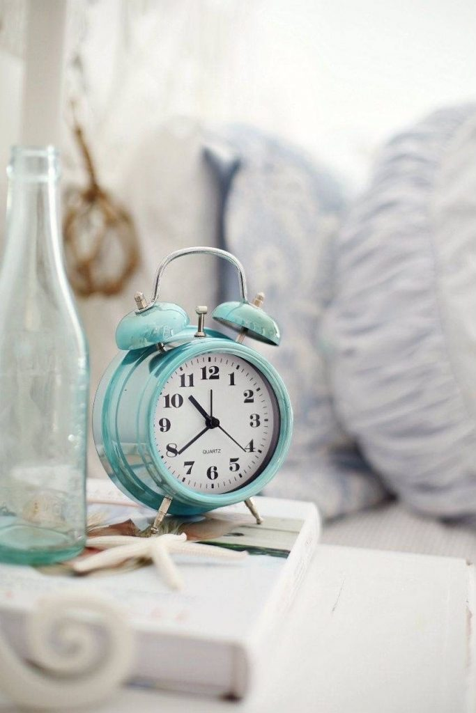 Wake up at the same time everyday | 10 Fit Girl's Morning Rituals to Start Your Day | Her Beauty