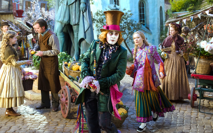 6. Alice In Wonderland | 7 Gorgeous Movies That Won an Oscar for Best Costume Design | Her Beauty
