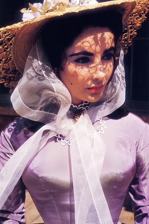 Top 10 Elizabeth Taylor Performances #4   Her Beauty