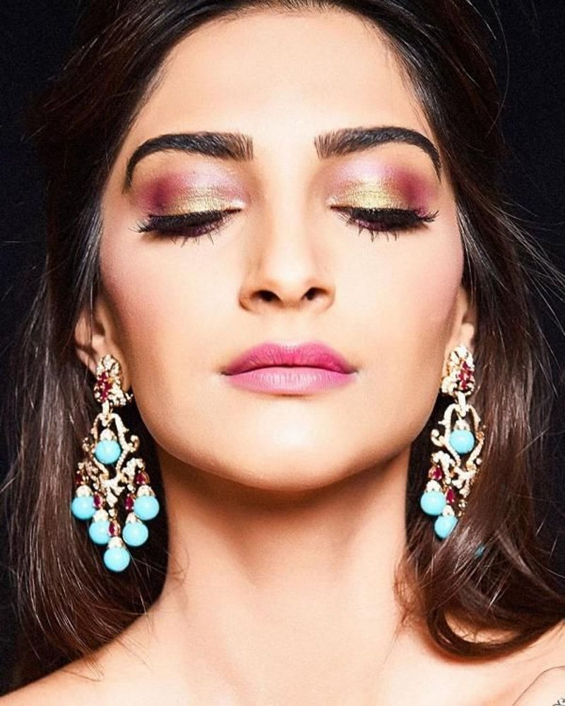 Choose Eyeshadow Wisely | 10 Wonderful Makeup Tips for Indian Skin Tones | Her Beauty