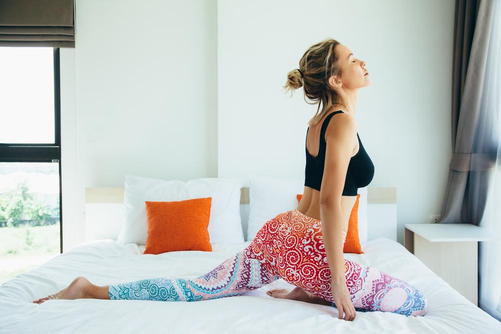 How to Fix Your Sleep Schedule: 10 Tips #3 | Her Beauty