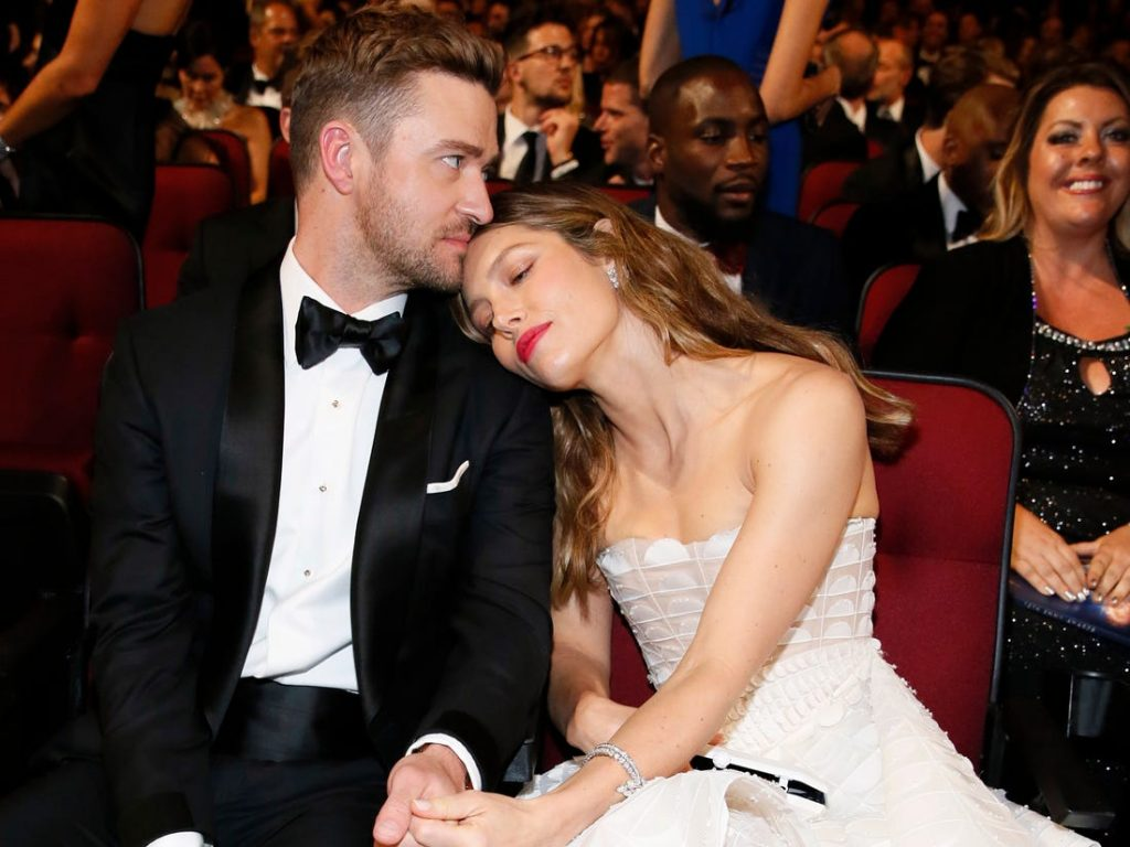 10 Celebrity Couples Who Have the Best Meeting Stories #3   Her Beauty