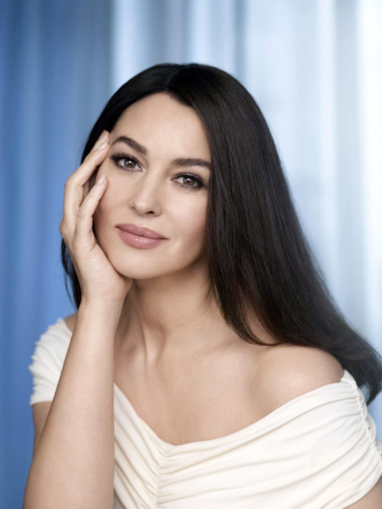 8 Beauty Secrets of Monica Bellucci Who Looks Great at 56 | Her Beauty