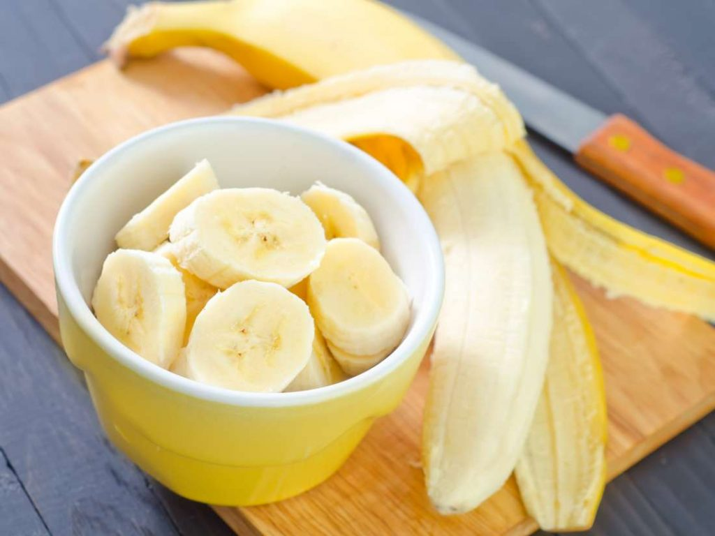 Bananas   10 Superfoods That Will Help You Lose Weight   Her Beauty