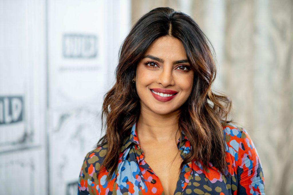 8 भारतीय अभिनेत्रियाँ जो अपने धर्मार्थ कार्य के लिए जानी जाती हैं #5   Her Beauty