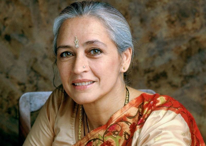 8 भारतीय अभिनेत्रियाँ जो अपने धर्मार्थ कार्य के लिए जानी जाती हैं #7   Her Beauty