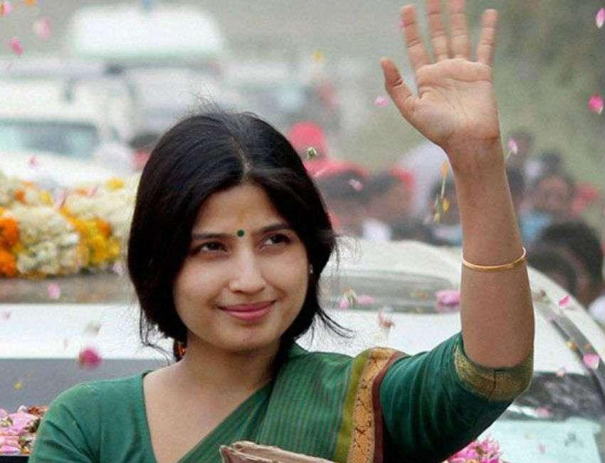 5. डिंपल यादव   भारत की 6 ग्लैमरस महिला राजनेता   Her Beauty