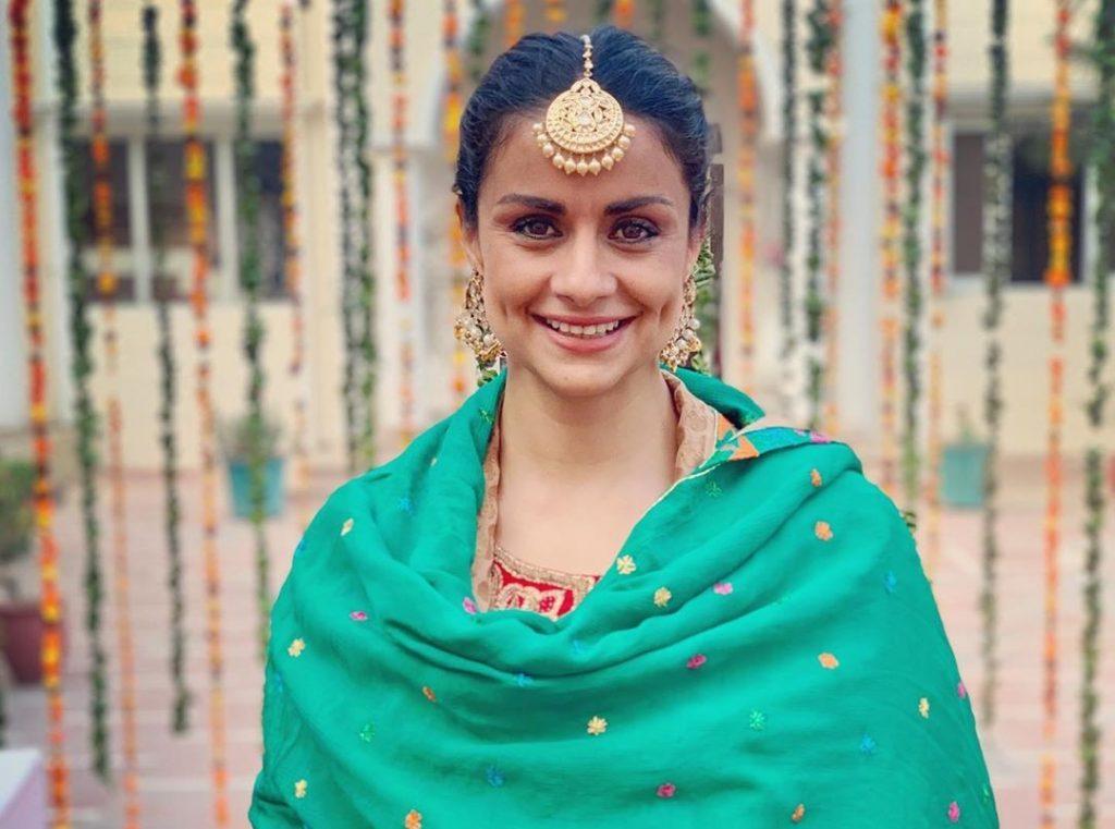 6. गुल पनाग   भारत की 6 ग्लैमरस महिला राजनेता   Her Beauty